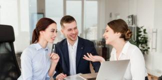 Kurs konwersacyjny języka angielskiego – czy warto się na niego zdecydować?